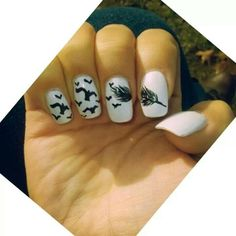 Ravenswood nails I so wanna do this