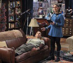 Big Bang Theory plays Star Trek