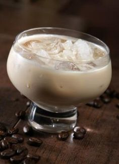 White Russian Cocktail - 1 jigger (1.5 oz or 3 TB) vodka, 1 jigger heavy cream ,  1 jigger Da Vinci's Sugar-Free Kahlua-Flavored Syrup, There are 2 variations in the amounts of the main ingredients of a White Russian. The first has 2 parts vodka to one part each of the other 2 ingredients. The other has equal parts of all 3. If I want a cocktail that is less rich, I will substitute water for half of the cream. This would reduce the carbohydrate to half a gram and the calories to 174.