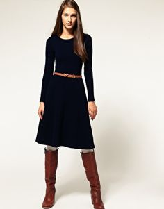 I love the length and neckline, as well as the belt....I'd wear different shoes with the dress though