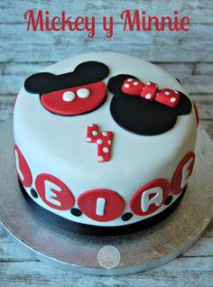 Mickey and Minnie's Cake