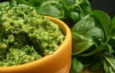 Cómo preparar pesto y cinco deliciosas formas de usarla