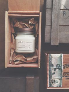 Cigar box gift wrapping for candles | packaging  #graphicdesign #packaging