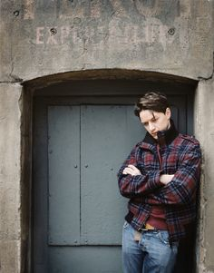 James McAvoy looking all '90s and angsty. So good.