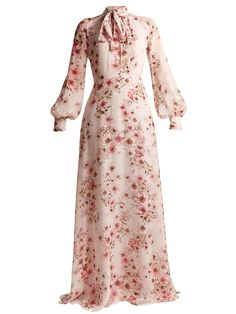 Giambattista Valli Anemone Silk-georgette Gown In Pink Multi Modest Dresses, Pretty Dresses, Beautiful Dresses, Casual Dresses, Long Dresses, Dress Long, Muslim Fashion, Modest Fashion, Fashion Outfits