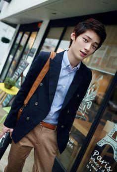 Deib Lohr #HE'SINTOHER Hwang Jin Uk, Wattpad Quotes, Jung So Min, K Idol, Ulzzang Boy, My Photos, Korean, Babe