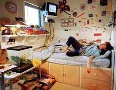 'Erin': A teenager poses with her collection of must-have toy of the time - Troll Dolls aesthetic bedroom Inside America's suburban dream: The togetherness and comfort of family life in Silicon Valley captured in an evocative set of images Retro Bedrooms, Teen Girl Bedrooms, Bedroom Inspo, Bedroom Decor, Room Goals, Aesthetic Bedroom, Cool Rooms, My New Room, Dream Bedroom