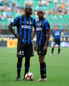 Balotelli - Etoo inter vs palermo when balotelli want to take the penalty.. I remember very well when zanetti drag him away from the spot..