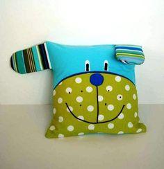 Подушка в виде собаки для детей.