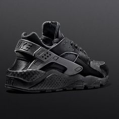 Nike Air Huarache Black Womens