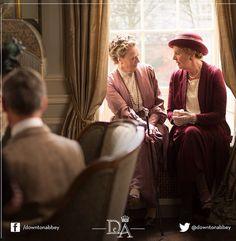 Downton Abbey season 5 costumes