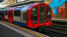 Central Line train at North Acton station, London