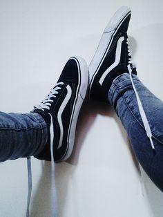 Vans Old-Skool skate shoes x streetHyped