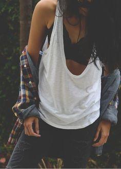 Es tan cool, que puedes usarlo como ropa interior, o no. | 19 Razones que te convencerán de cambiar el bra por el bralette para...