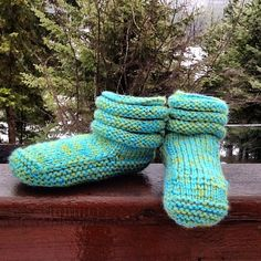 Free Babies Knitting Patterns : 1000+ images about Knitting-mukluks on Pinterest Slippers, Knits and Purple...