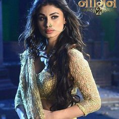 Mouni Roy's Naagin is making waves in China as are other Indian serials and shows - Mouni Roy's Naagin and Devon Ke Dev Mahadev super hit in China! Beautiful Bollywood Actress, Most Beautiful Indian Actress, Mauni Roy, Devon Ke Dev Mahadev, Bridal Photoshoot, Pakistani Actress, Indian Celebrities, Indian Beauty, New Look