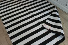 Teppich T-Square von liv  Teppiche  Pinterest