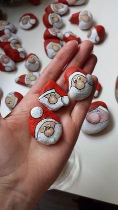 75 Best DIY Christmas Painting Rocks Design - Decomagz