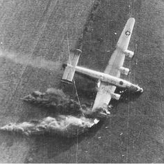 History Discover War-torn Warbirds: Haunting Images of Liberators caught just at the moment of crashing during Operation Market Garden Holland Sept 1944 Eindhoven, Nagasaki, Hiroshima, Operation Market Garden, Holland, Image Avion, Photo Avion, Ww2 Planes, Fukushima