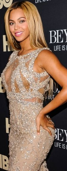 A beautiful sequenced dress worn by the queen herself, Beyonce