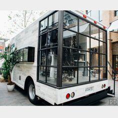 29 ideas fashion truck interior ideas for 2019 Interior Design Minimalist, Bohemian Interior Design, Modern Design, Mobile Boutique, Mobile Shop, Mobile Kiosk, Mobile Cafe, Mobile House, Boutique Design