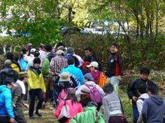 ≪Present Tree in 宮古≫ 第2回植樹イベント_20131013 今回の参加者は総勢180余名。受付が混雑気味になる事もありました。
