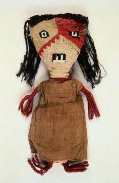 Peruvian Chancay Woven Doll. Saw dolls similar to this one at an Art opening at UCF and was inspired by their faces.