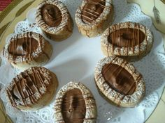See related links to what you are looking for. Cupcakes, Cupcake Cookies, Moroccan Desserts, Patisserie Fine, Middle Eastern Desserts, Algerian Recipes, Muffin, Savory Tart, Sweet Cookies