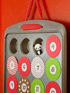 Great idea for an advent calender!  Check more at http://hrenoten.com