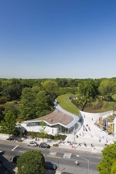 Brooklyn Botanic Garden Visitor Center | Weiss/Manfredi
