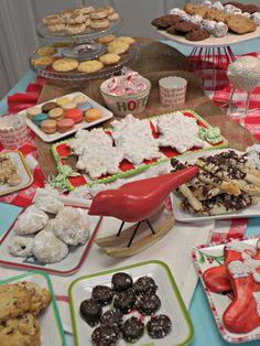 Dessert buffet - #Christmascookies, #Christmaspartyideas, #Christmasdessertbuffet Christmas Home, Christmas Cookies, Justice Games, Dessert Buffet, Health And Wellness, Nutrition, Treats, Random, Cooking
