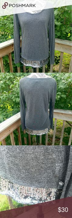 MICHAEL KORS HEATHER GRAY BLING TRIM LONG SLEEVE size large ( may fit M too)  In euc!  No flaws Beautiful sequin trimmed bottom Super soft!  100% rayon MICHAEL Michael Kors Tops Tees - Long Sleeve