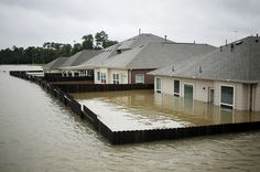 21 Photos That Show Just How Bad The Flooding In Houston Really Is -- Highland Glen in Spring, Texas, Aug. Houston Flooding, Texas Hurricane, Flooded House, Flood Damage, Flood Insurance, Flood Zone, Real Estate Tips, Water Damage, Green Life