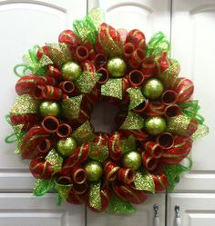 christmas deco mesh wreath wwwcountrychicscreationscom deco mesh christmas wreaths diy - Christmas Mesh Wreath Ideas