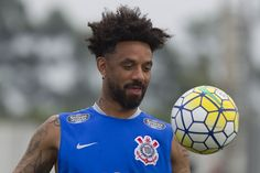 Cristian, Mendoza, Lucca... Corinthians tenta empréstimos para reduzir elenco #globoesporte