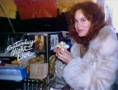SNL: S06E07... HOST: KAREN BLACK... DATE: JANUARY 17, 1981 Saturday Night Life, Karen Black, Black Dating, Golden Globe Award, Independent Films, Snl, Screenwriting, American Actress, Darkness