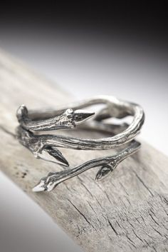 Elvish Twine - stacking ring - dark sterling silver twig ring - RedSofa jewelry