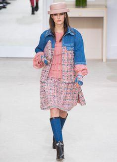 Chanel: Fashion Week Paris 2016