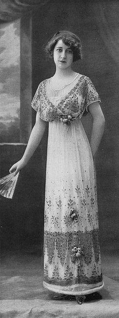 """Les Modes (Paris) 1910 """"Recamier"""" Robe de Diner by Gustave Beer"""