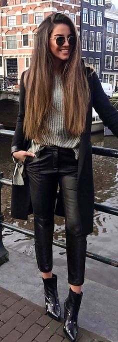 #spring #outfits  black cardigan and black leather pants. Pic by @milano_streetstyle