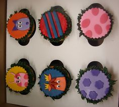 Backyardigans - @jenmadsen I like these cupcakes cause they remind me of the adorable cupcakes you made from where the wild things are (and no molding).