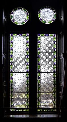 Stained glass window repair. Thistle motif. Auchendennan House is a magnificent Category A listed Scots Baronial mansion by John Burnet. It was built in 1866 for Mr George Martin, one of the many Glasgow-based East India merchants. www.rdwglass.co.uk