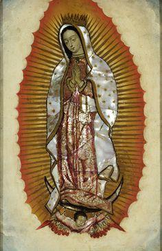 Anónimo, Virgen de Guadalupe, óleo sobre tabla con incrustaciones de concha nácar, 32 x 21 cm., ca. 1700-30, colección particular, catalogación: Juan Carlos Cancino.