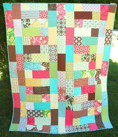 Moda Bake Shop: Meandering Path Quilt by Ellie Roberts.  Uses one Layer cake and one charm pack.
