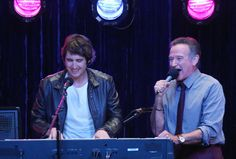 Josh Groban Guest Stars as Sydney's Former Co-Worker