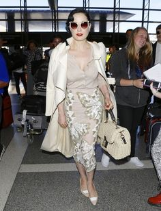 Dita Von Teese - Dita Von Teese Arrives at LAX