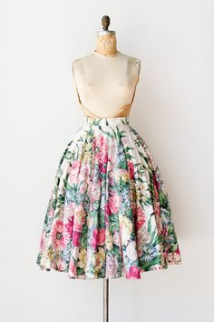 vintage 1950s bright floral circle skirt