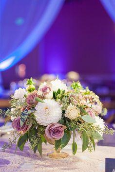 gorgeous rustic style wedding centerpiece; photo: Candice Benjamin Photography