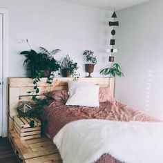 I need this bed frame!