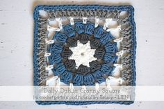 Dally Dahlia Square | A free crochet pattern and photo tutorial by Eline Alcocer at Pasta & Patchwork